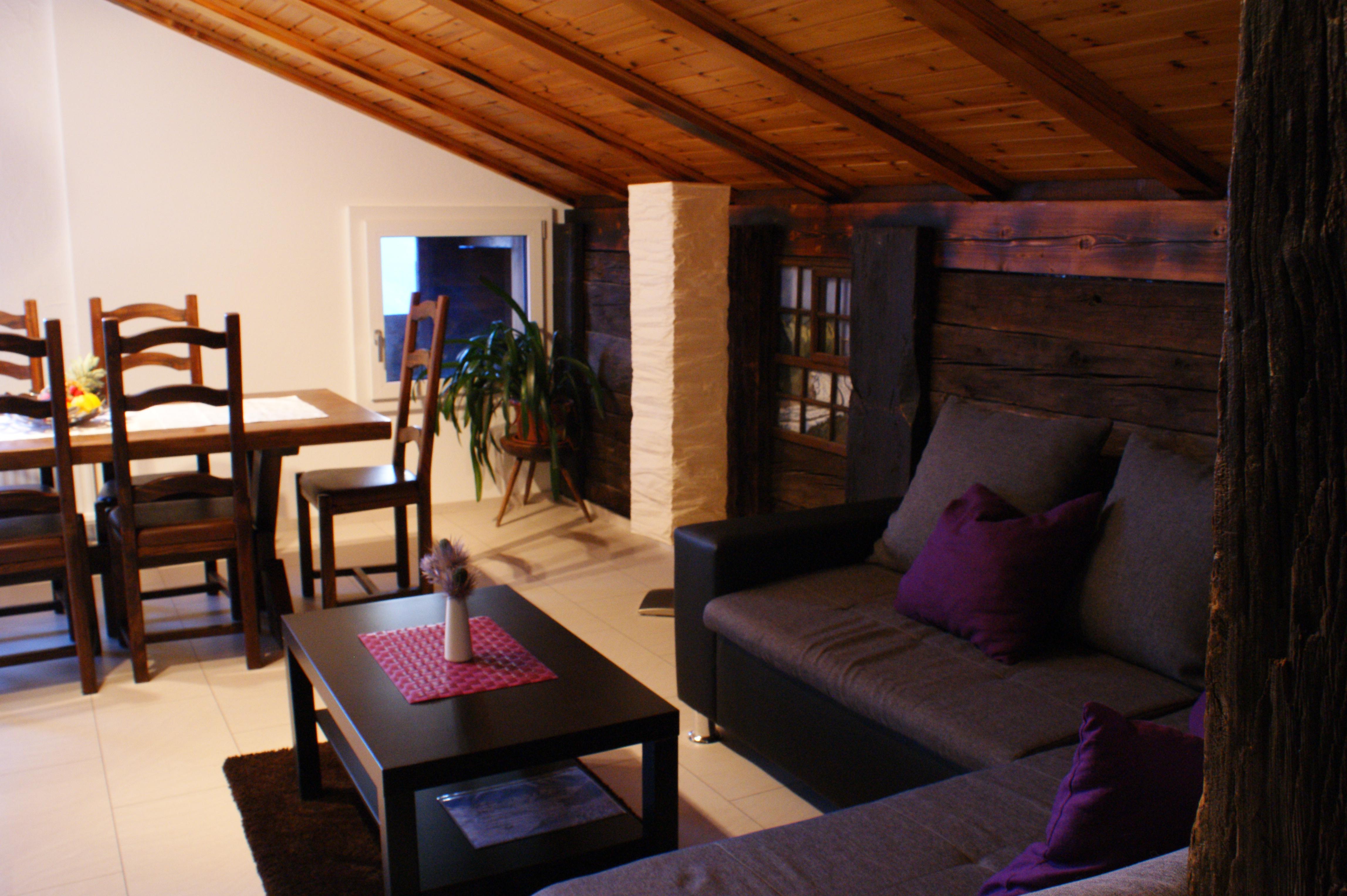 Wohnzimmer-Couch